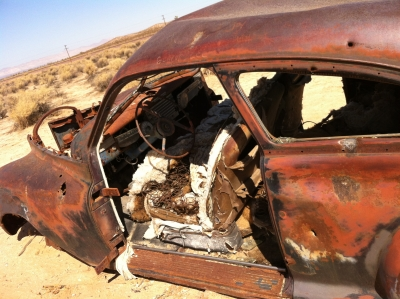 UltimateGraveyard Mojave Desert Photography & Film Location - Rusted Old 2-Door Apocalytic Car