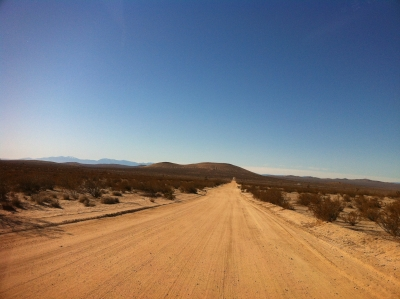 UltimateGraveyard Mojave Desert Filming & Photography Location - Long Wide Main Dirt Road