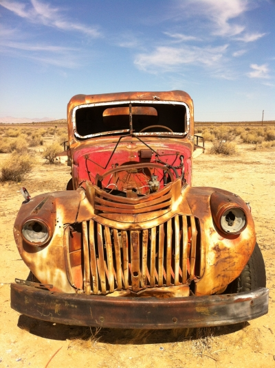 UltimateGraveyard Mojave Desert Photography & Film Location - Rusted Old Water Tanker Truck